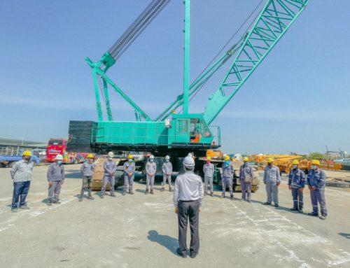 อบรมพัฒนาผู้บังคับเครน Hydraulic Crawler Crane Kobelco 7300 SL